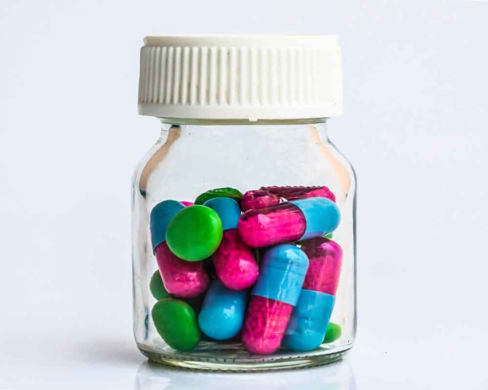 Tyrosine supplements in a jar